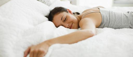 Motnje spanja obvladujte s pravo posteljnino